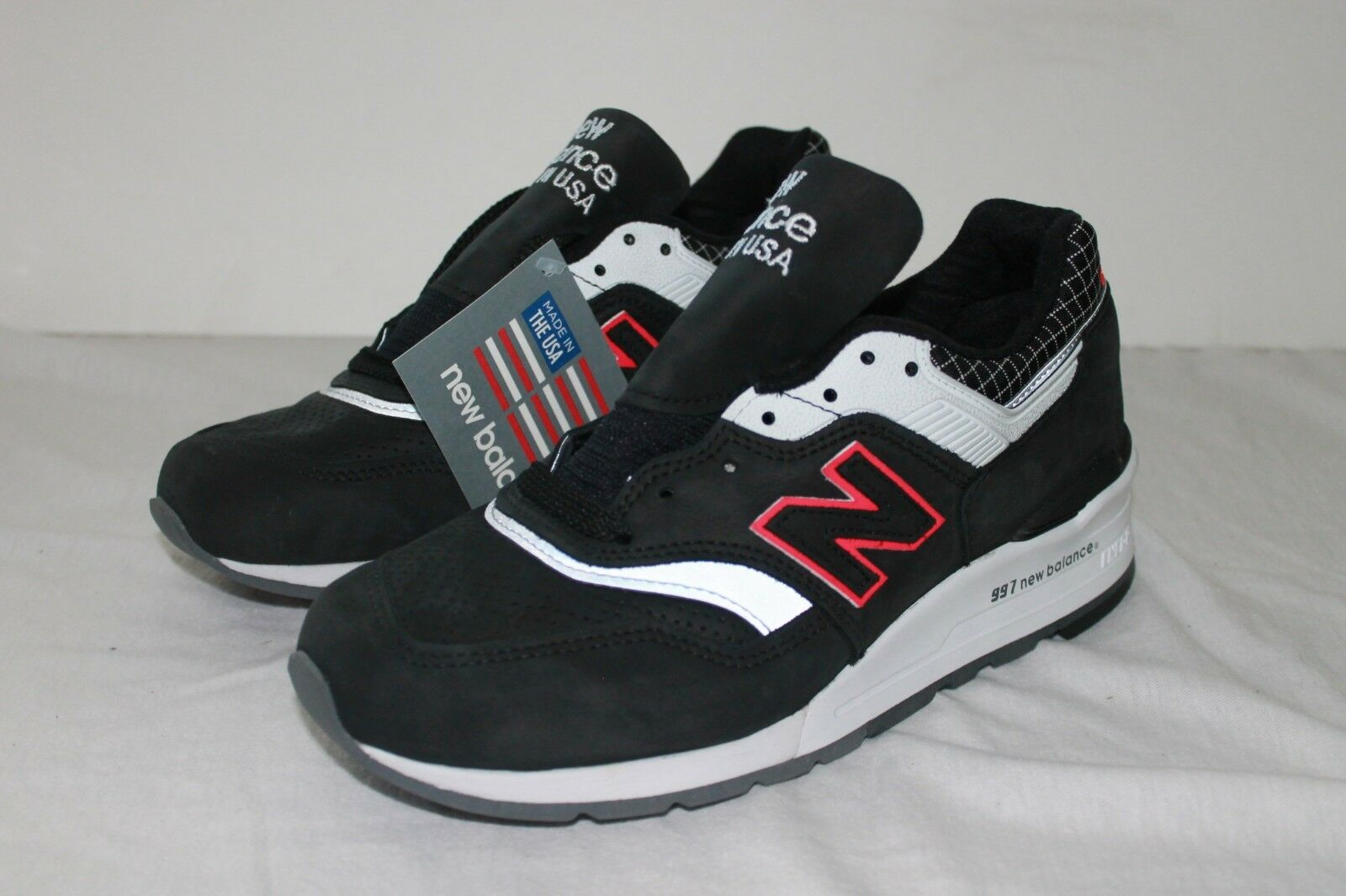 New Balance Men's Made in USA Sneakers M997CR Black Grey Pink Red Sz 6