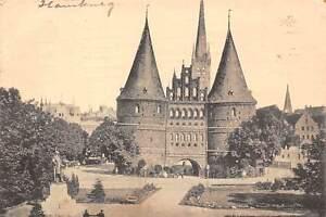 Germany-Luebeck-Holstentor-mit-Bismarckdenkmal-1913