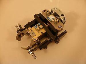 Festo-Schwenkantrieb-DSRL-25-180P-FW-30656-Mit-Parallelgreifer-Sommer-Auto-GP45