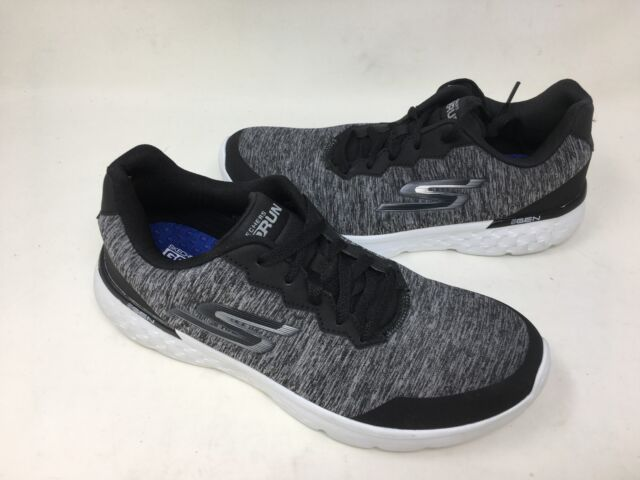 Buy Nike Men's Revolve Running Shoes online | Looksgud.in