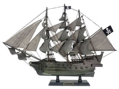 Pirates Of The Caribbean Large Wooden Model Pirate Ship The Flying Dutchman 26 Ebay