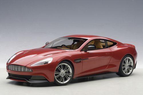 Aston Martin Vanquish Coupe 2013 rosso Autoart 1 18 AA70249