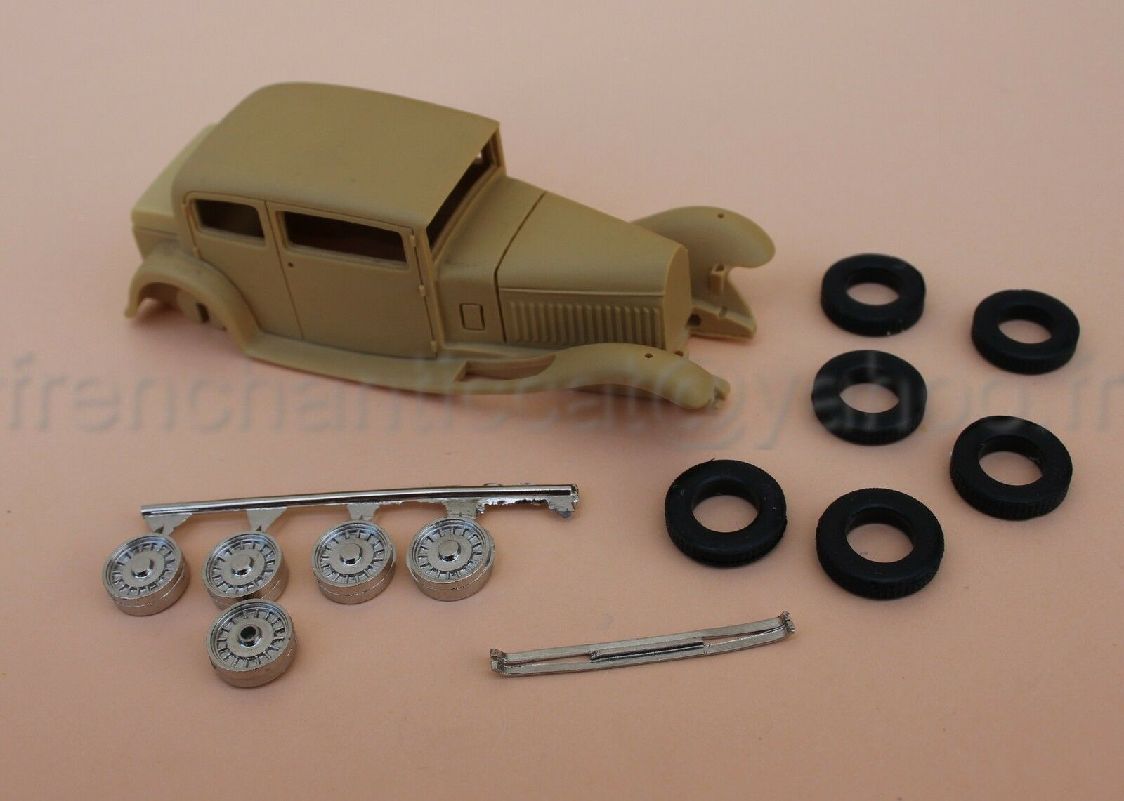 HB Voiture Bugatti Type 46 berline 1 43 Heco miniatures resine jantes pneu
