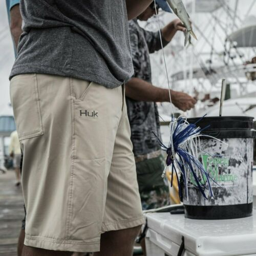 "Pick Color//Size 50/% Off HUK NEXT LEVEL FISHING PERFORMANCE SHORT-10.5/"" Inseam"