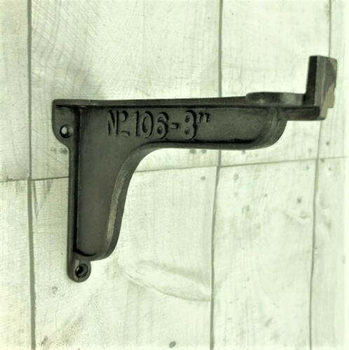 "PAIR OF CAST IRON /""No106-8/"" WINDOW BOX//SHELF BRACKETS  4/"" X 6/""  antique vintage"