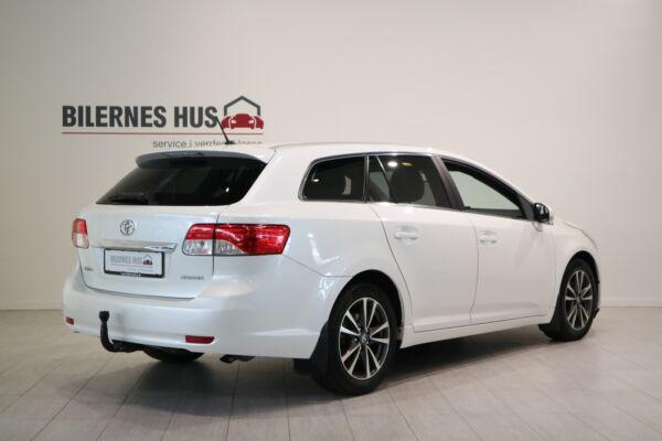 Toyota Avensis 2,0 D-4D T2 Premium - billede 1