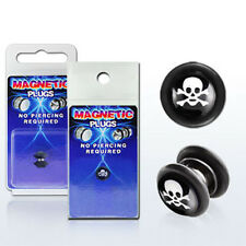 Fake Illusion Fake Piercing Magnetic Skulls Black/White Ear Pair Ear Gauge Plugs