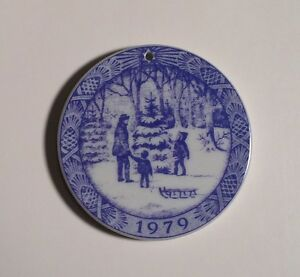 1979 Royal Copenhagen Porcelain O' Christmas Tree Ornament ...