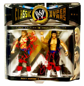 WWE-CLASSIC-ROCK-N-ROLL-EXPRESS-HAND-SIGNED-AUTOGRAPHED-ACTION-FIGURE-WITH-COA
