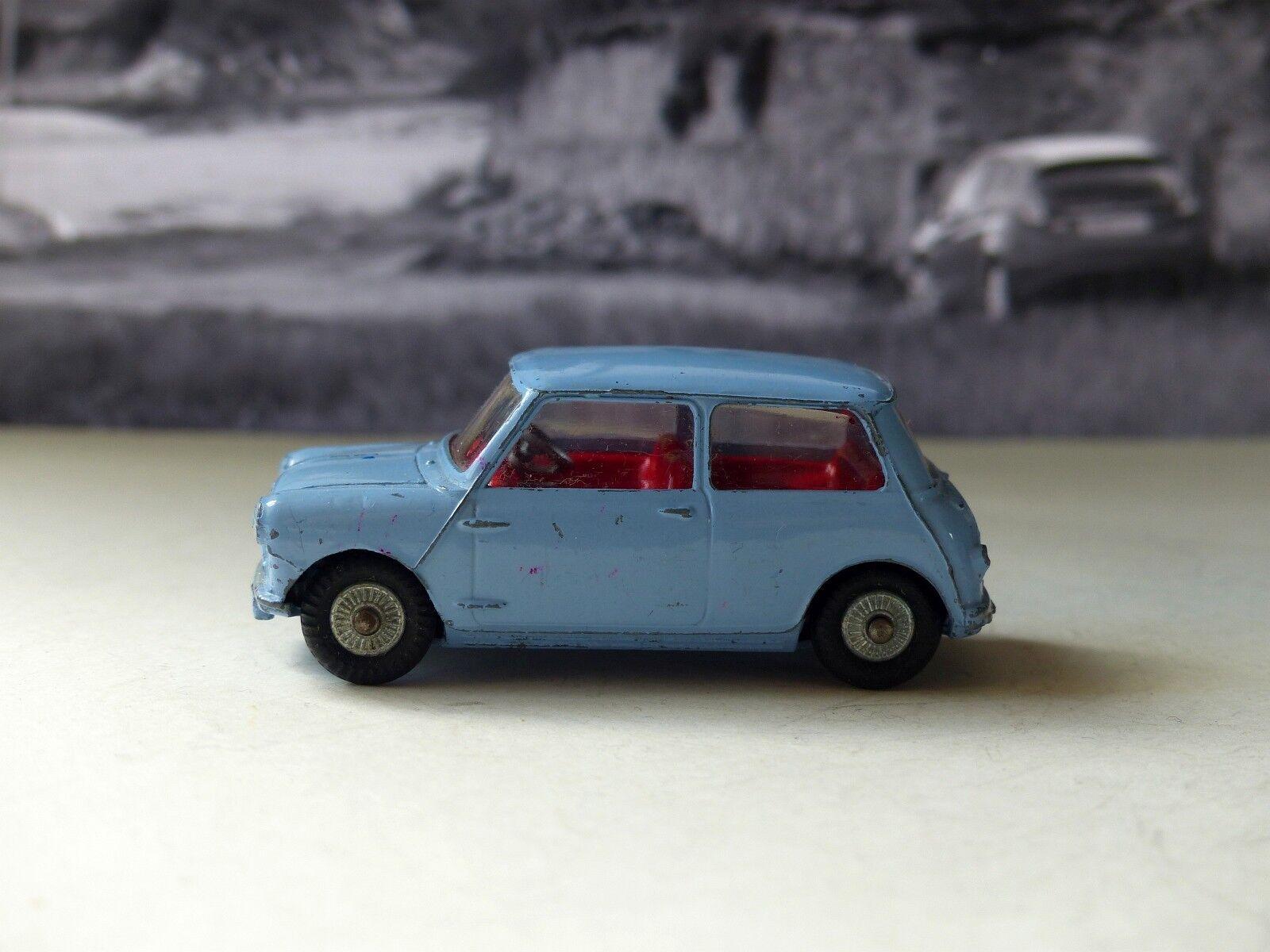 Corgi Toys 226 Morris Mini Minor with cast wheels