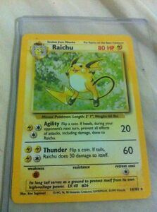 Holographic-Edition-Raichu-Original-1999-Base-Set-14-102-Pokemon-Card-Rare