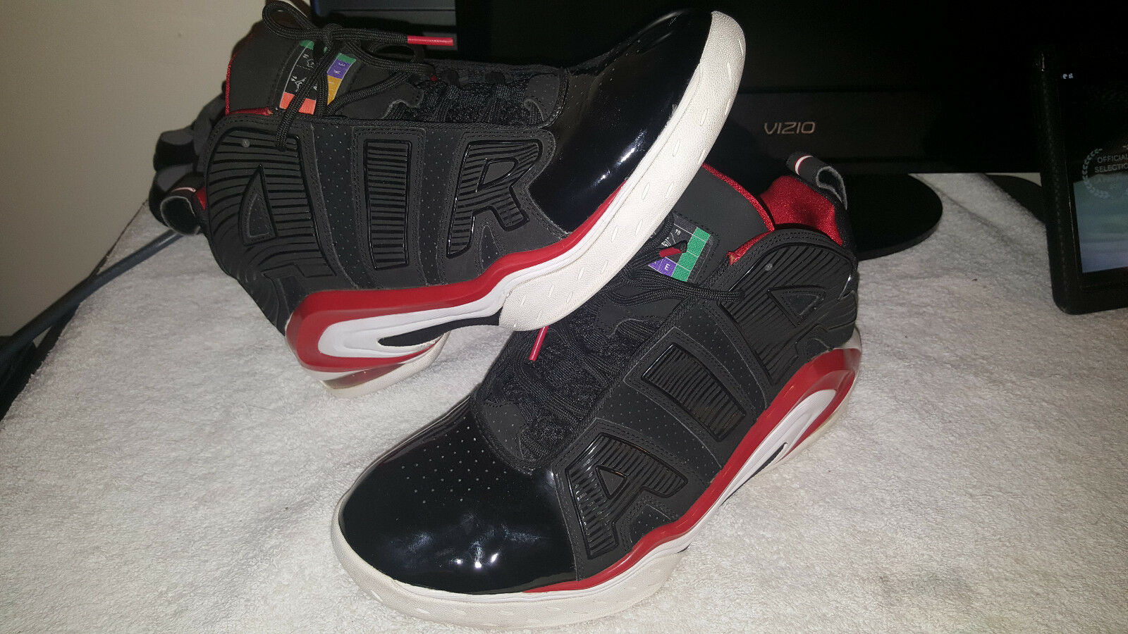 Nike Air Max A Lot Sneaker 2009 Pippen Basketball Bulls Men 10.5 Multi Athletic
