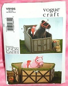 Uncut-Vogue-Craft-Horse-Pony-Farm-Animal-Corral-amp-Stable-Stall-Pattern-9195