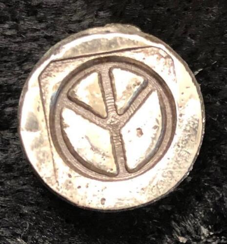 ".5 oz  MK BarZ /""Mini Chunk Round-Peace/"" Hand Poured Bar .999FS"