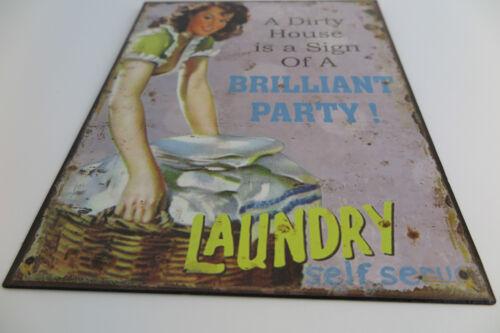 Blechschild Laundry Brilliant Party 25x20 Waschraum Waschküche Wäscheraum BAD
