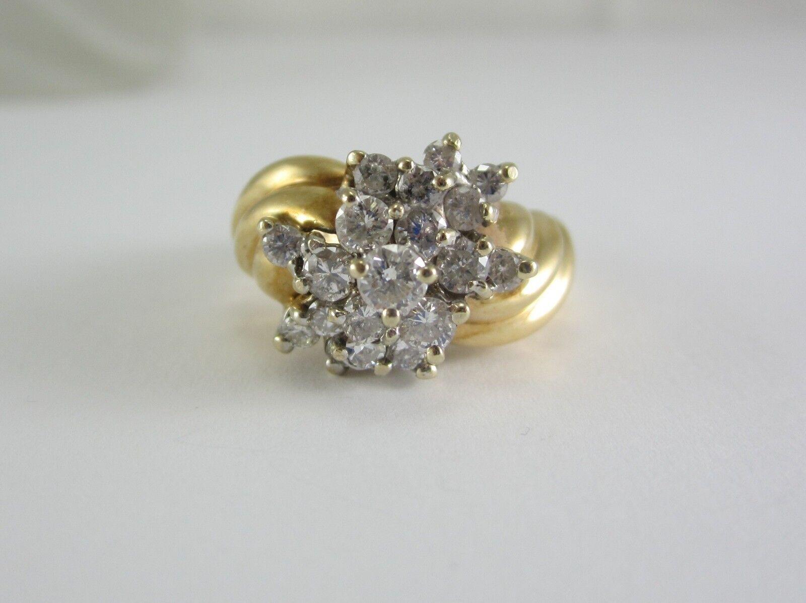 BEAUTIFUL LADIES 14K gold CLUSTER RING 7.0 GRAMS 0.87CT.