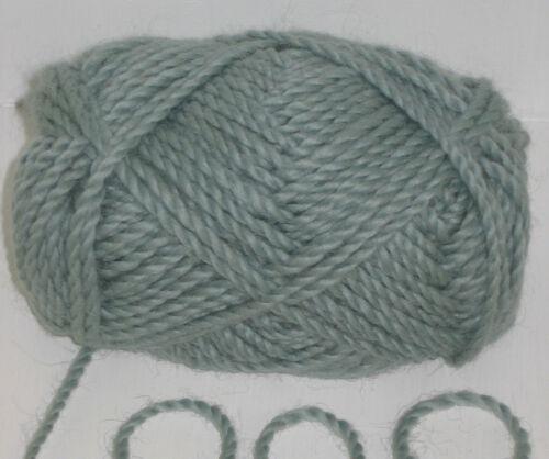1kg pack 1000g 10 balls Mint Green 100/% Pure Merino Chunky knitting Wool Yarn