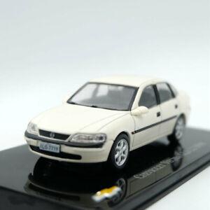 IXO-Altaya-Chevrolet-Vectra-GLS-2-2-Modelos-1998-Edicion-Limitada-Juguete-Diecast-1-43