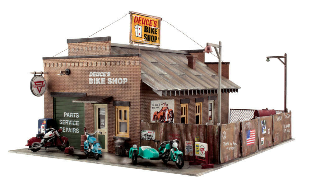 New Woodland HO Deuce's Cycle Shop Built-&-Ready Train Figures BR5045