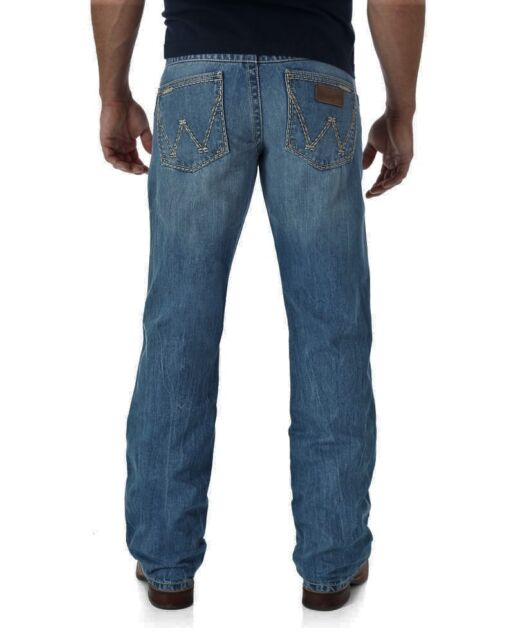 WRANGLER RETRO® WRT20CR Relaxed Fit Boot Cut Jean NO TAX SELL!!!!