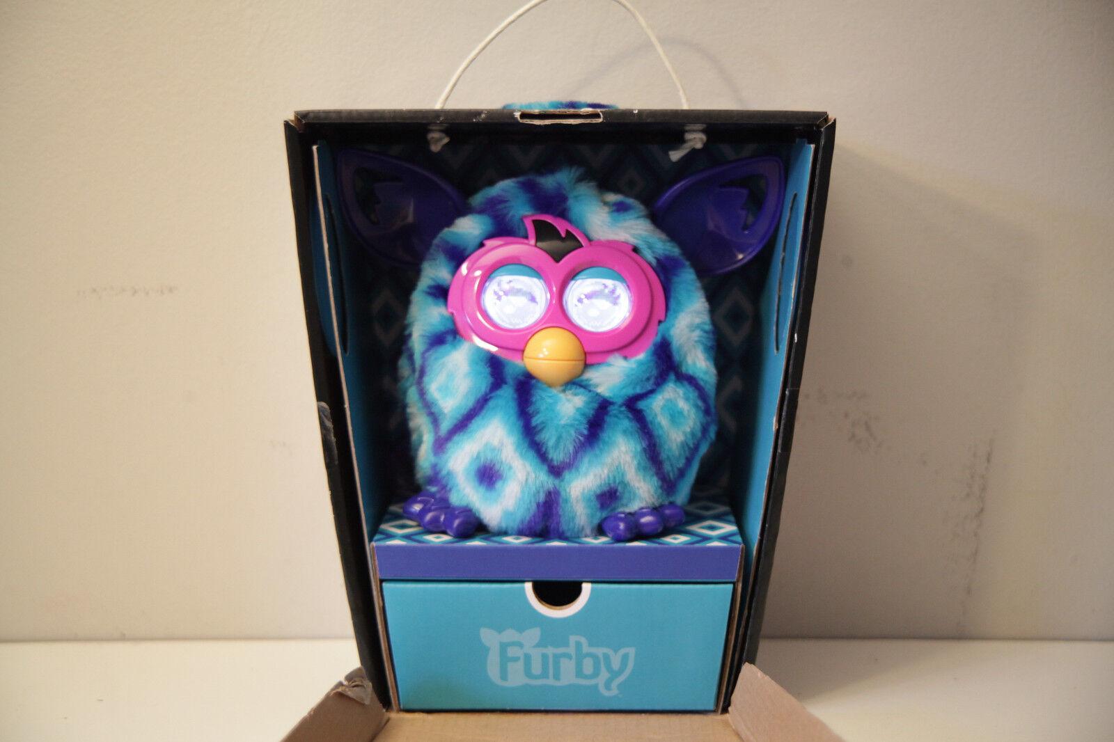 Furby Boom bluee Diamonds 2013 Electronic Pet