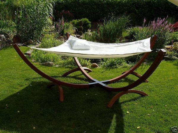 Deluxe Outdoor Timber Hammock 200cm x 200cm - Hardwood Solid Frame RRP $650