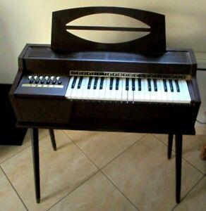 Ancien-vintage-orgue-electrique-sur-pieds-superbe-grand-jouet-de-qualite