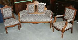 Late-Victorian-Eastlake-Style-Parlor-Set-Settee-and-Two-Chairs
