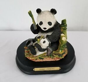 Vintage Giant Pandas Families of the Wild Collection Music Box