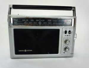 General-Electric-AM-FM-Dual-Power-Radio-Vintage-Model-7-2850A-GE-tested-amp-workin