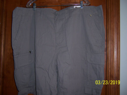 NWT $56 SONOMA from KOHL/'s Size 48 Big /& Tall Light Gray FLAT FRONT CARGO SHORTS