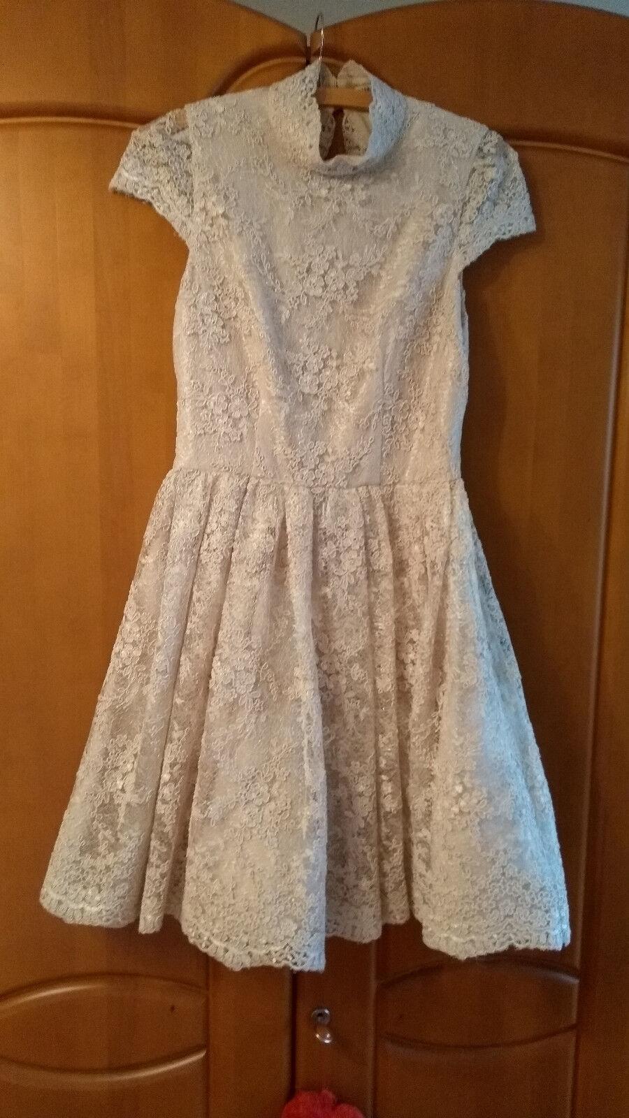 Braut- oder Abendkleid von alice+olivia mit Spitze champagnerfarben Gr. 36 S