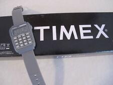 TIMEX 80 CALCULATOR T2N187 DIGITAL RETRO HERREN UHR DATUM - OVP