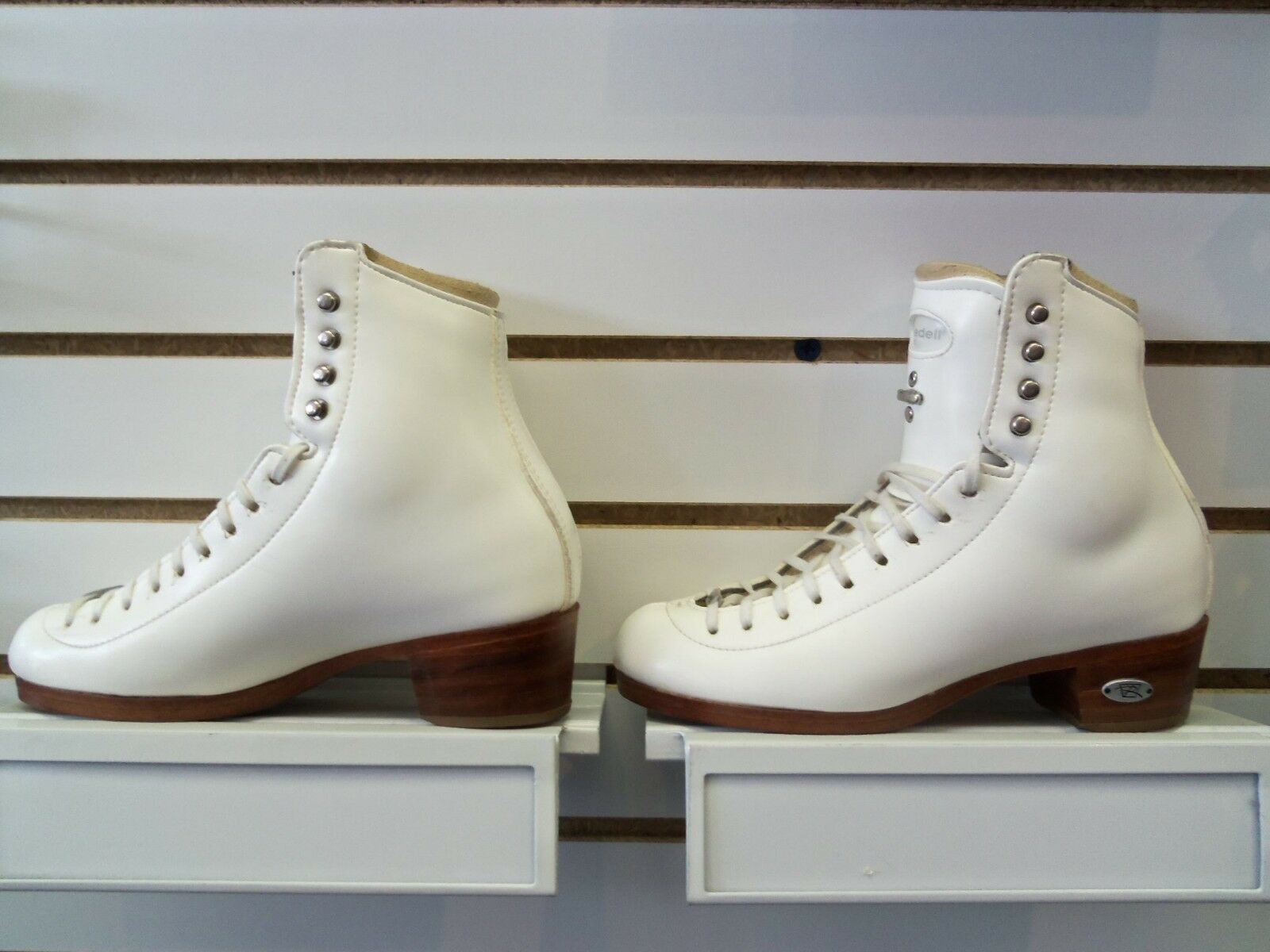 newest 59b8a b66bb Riedell TS Women s 4 AA AAA White Figure Skating Boots