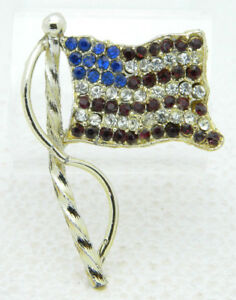 Vintage-Red-White-Blue-Rhinestone-Patriotic-AMERICAN-FLAG-Brooch-PIN-B