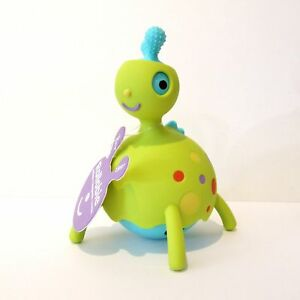 Baby-Toy-Animal-Rollabie-by-Fat-Brain-to-Roll-Twist-and-Rattle-Age-18m