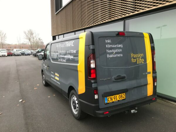Renault Trafic T29 2,0 dCi 145 L2H1 billede 2