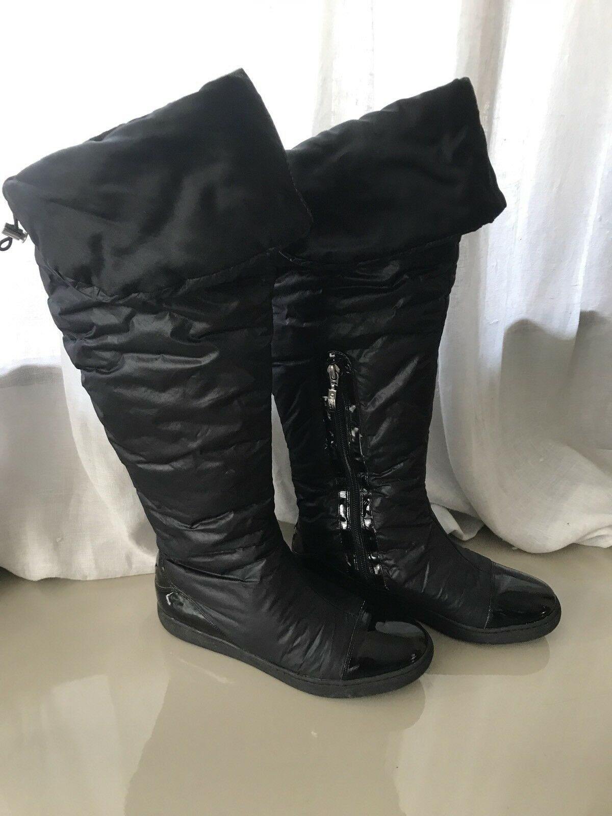 GUESS Women Boots Padded Fabric and Patent Details Size 38