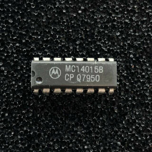 10x Motorola MC14021BCP 8-Bit Static Shift Register in DIP16