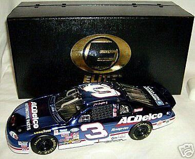 1/24  3 Ac Delco última vuelta Earnhardt Jr Elite  0388