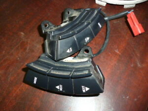 GENUINE-HSV-VY-SS-STEERING-WHEEL-STEREO-BLACK-RADIO-CONTROL-SWITCHES