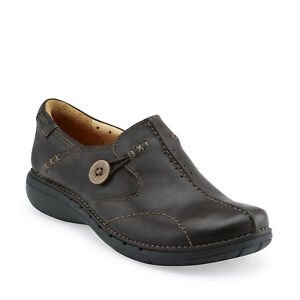 Un Loop Brown Leather Shoes