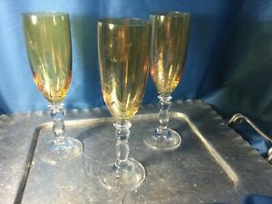 Beautiful-lot-of-3-amber-colored-champagne-Glasses-ball-stem