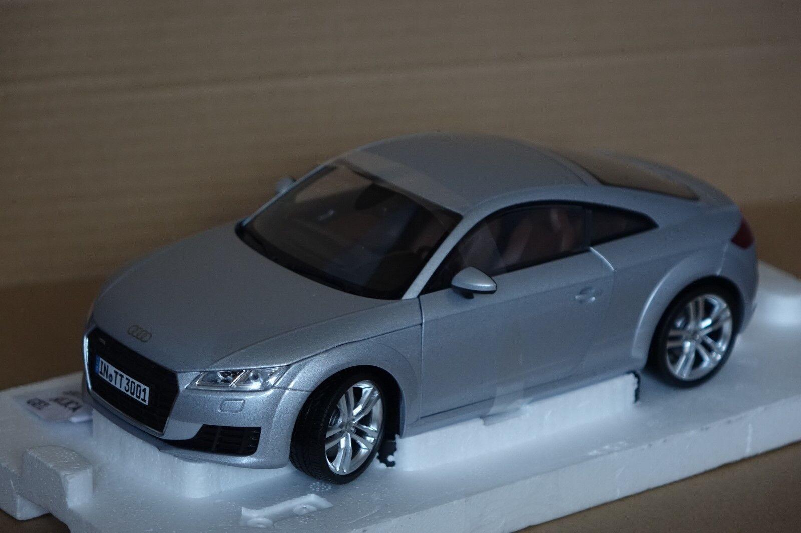 Audi TT coupé 2014  argent 1 18 Audi MINICHAMPS NOUVEAU & NEUF dans sa boîte 5011400415  nouveaux styles les plus en vogue