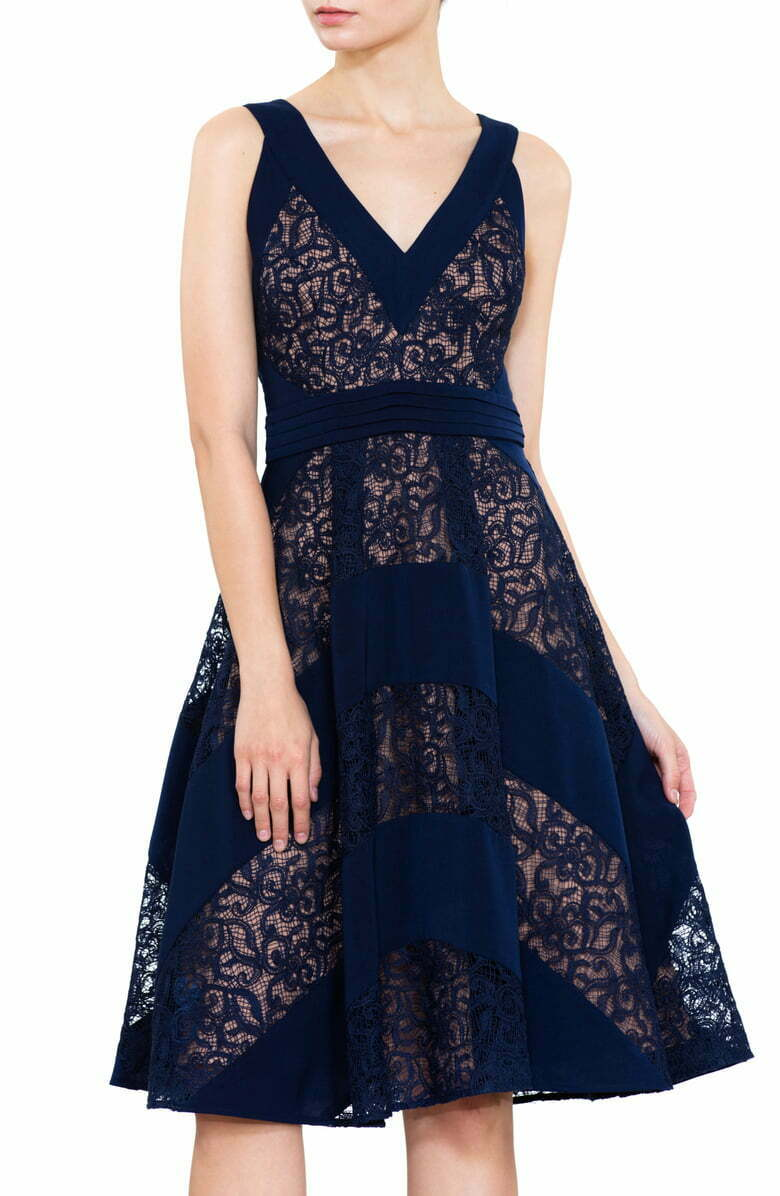 HARLYN MIXED LACE FIT FLARE NAVY NUDE DRESS sz L