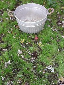 Rare Vintage Quot Hall Quot Bushel Basket Large Wash Tub Galvanized Metal Primitive Farm Ebay