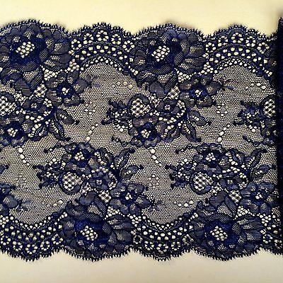 "/""Laces Galore/"" Delicate Black Clipped Scalloped Lace 17 cm//6.75/"" Trim"