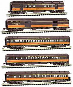 Micro-Trains-N-99301790-Illinois-Central-Heavyweight-5-Car-Passenger-Set-New