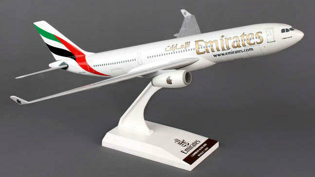 Emirates Airlines-Airbus a330-200 - 1 200 - skymarks skr825-NUOVO MODELLO a330