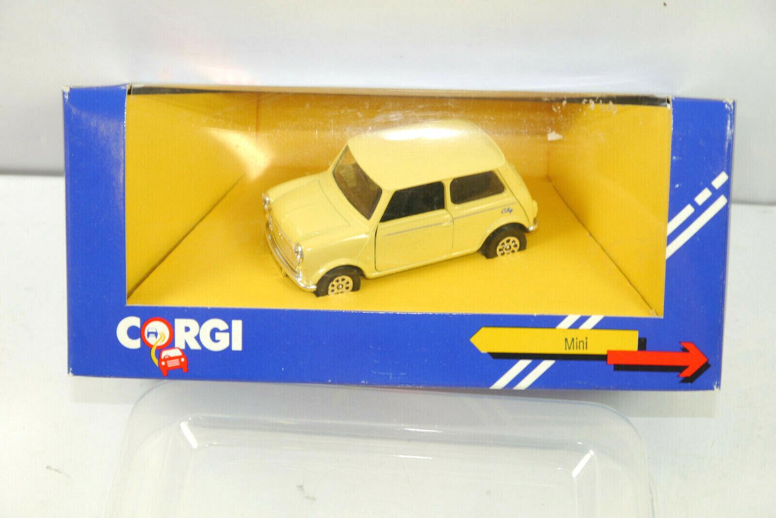 Corgi C330 8 8 8 Mini Cooper Ville de Brun Beige Métal Modèle Voiture 1 43 (K86)   fe97e2